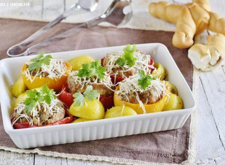 Peperoni ripieni di carne con patate