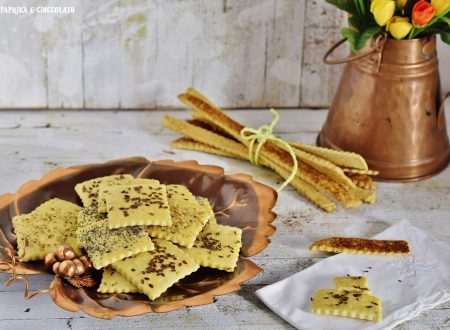 Cracker alla curcuma e semi vari