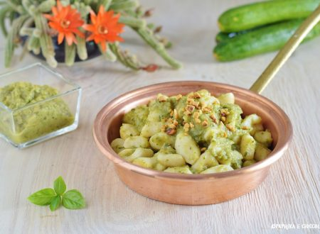 Gnocchi con pesto di zucchine e mandorle
