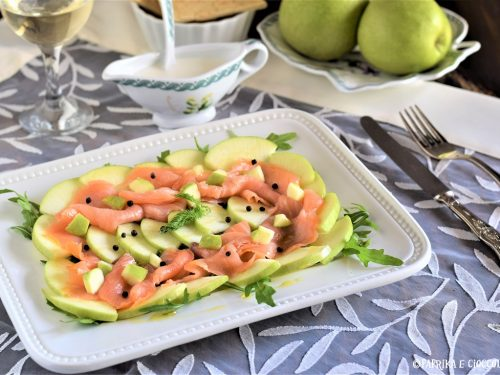 Carpaccio di salmone con mela verde