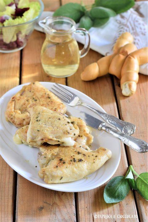 Portafoglio di pollo con prosciutto e formaggio