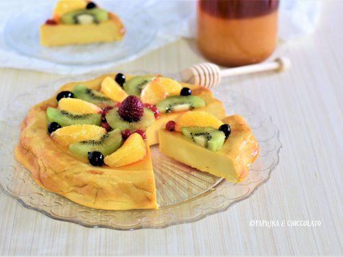 Torta del benessere con frutta fresca