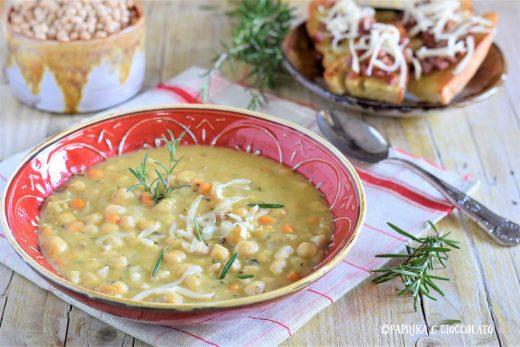 Zuppa di ceci con bruschetta e prosciutto