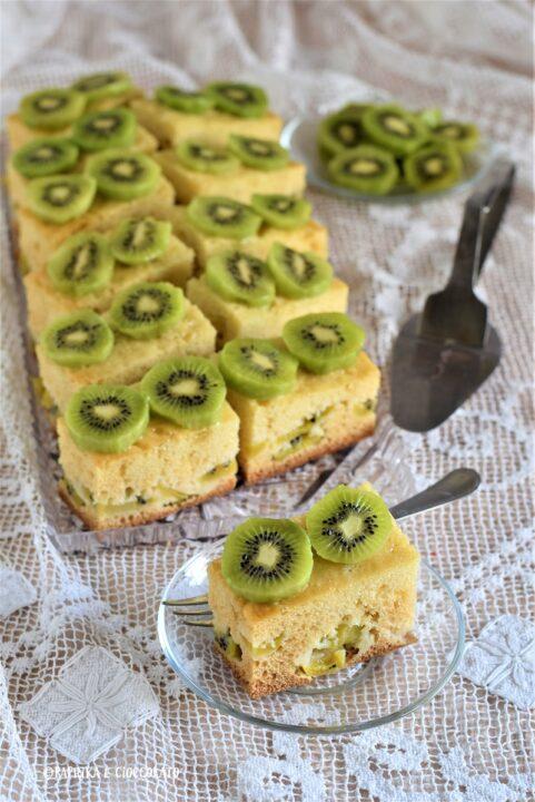 Torta morbida ai kiwi e limone