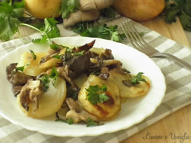 Patate e funghi pleurotus al forno | Limone e Vaniglia