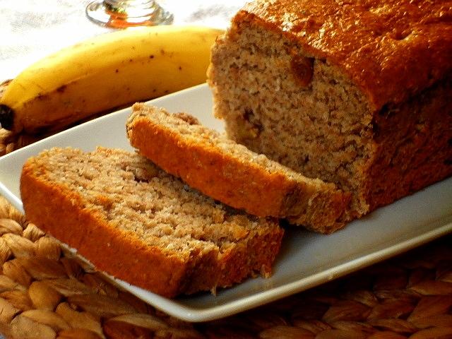 banana bread con noci e uvetta