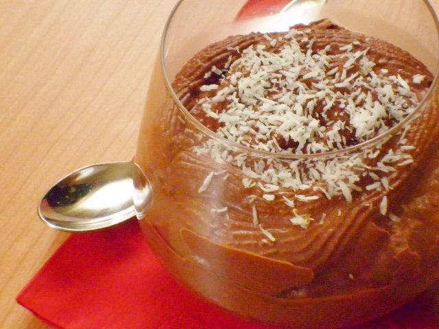 mousse al cioccolato con latte di cocco