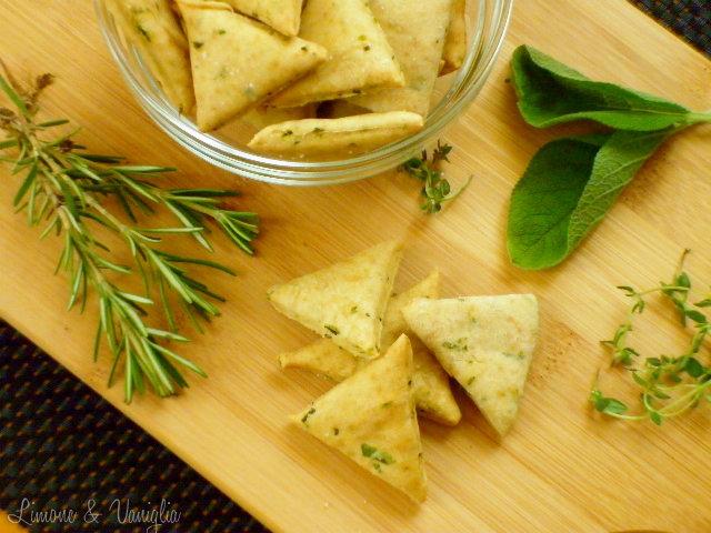 biscotti salati alle erbe