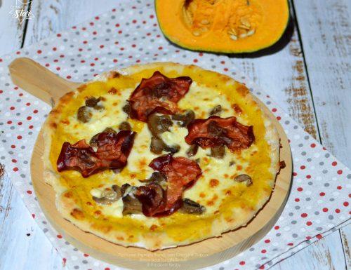 PIZZA CON IMPASTO BONCI, CON CREMA DI ZUCCA, BRESAOLA E FUNGHI BIMBY