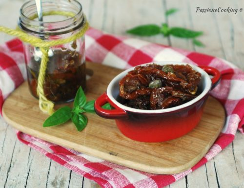 Pomodori secchi sott'olio – ricetta facile