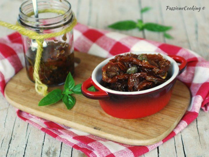 Pomodori secchi sott'olio - ricetta facile