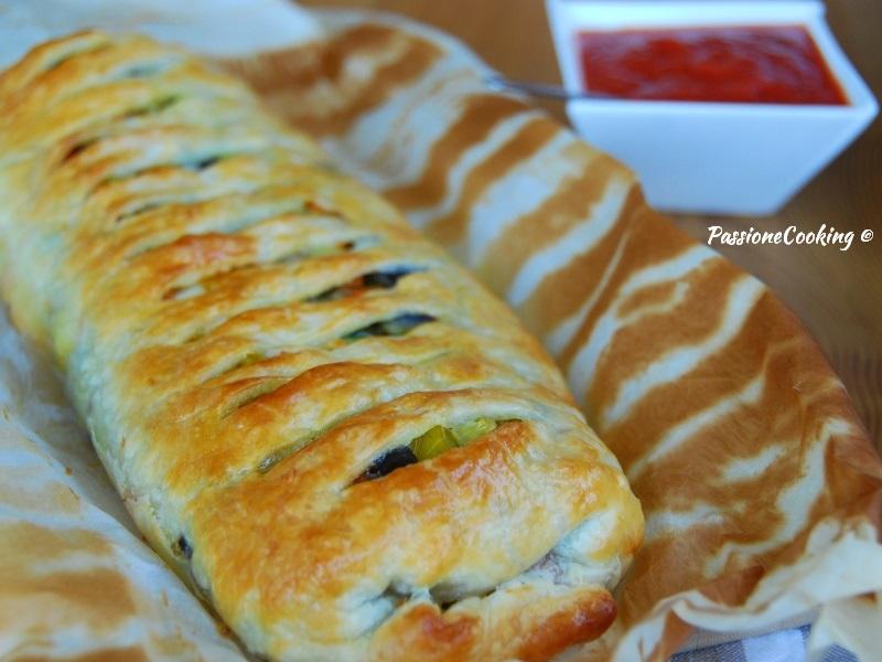 Strudel di sfoglia con verdure e mozzarella