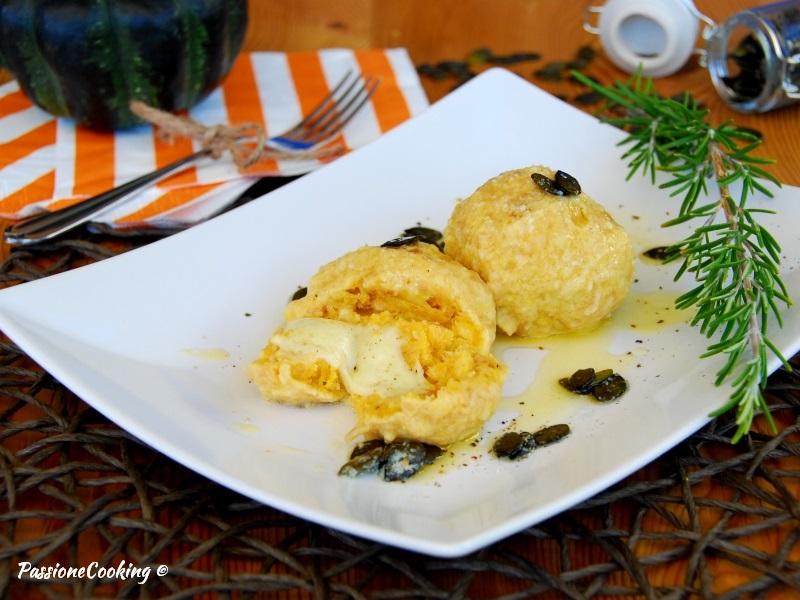 Canederli di zucca ripieni al formaggio