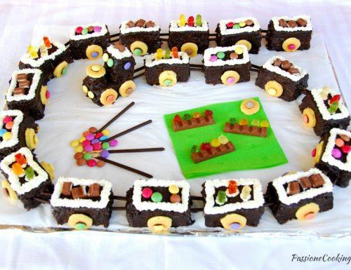 Torta di compleanno trenino – senza pasta di zucchero