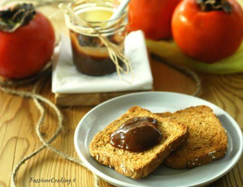 Marmellata di cachi e cioccolato fondente
