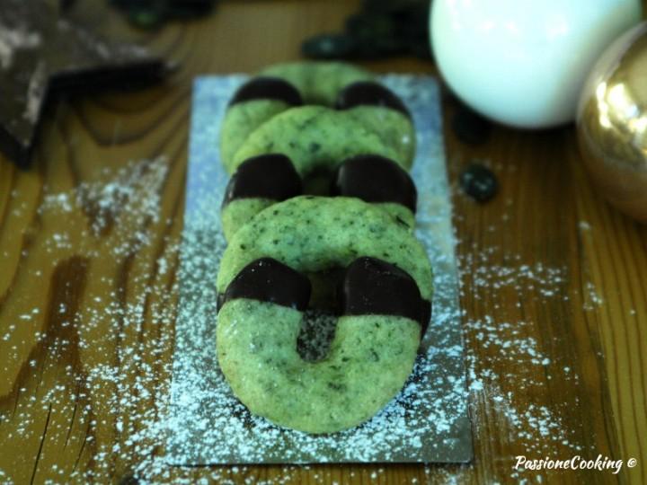 Biscotti a ferro di cavallo ai semi di zucca