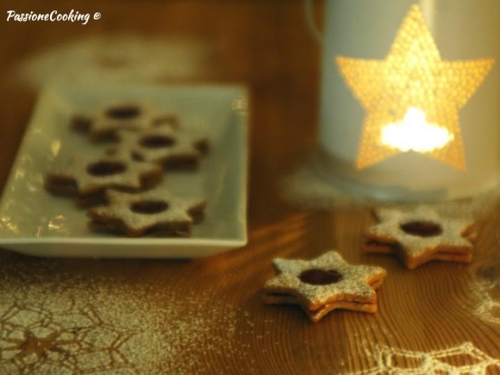 Biscotti stelle di Linzer - ricetta Natale
