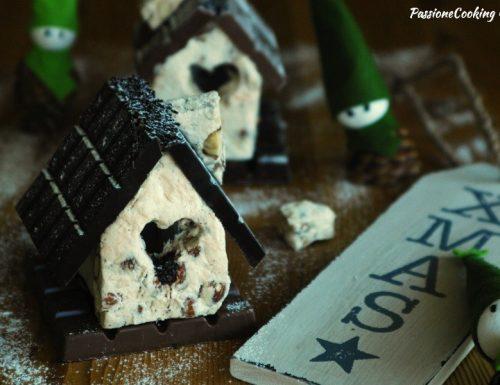 Casetta di torrone e cioccolato