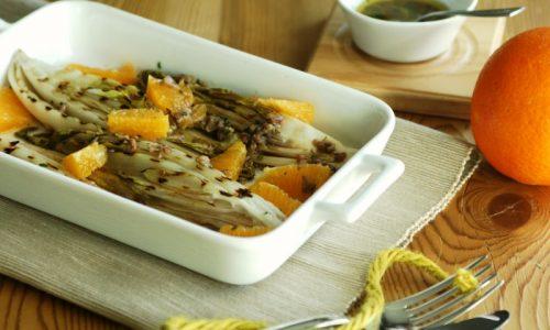 Indivia belga con arance e acciughe – ricetta veloce
