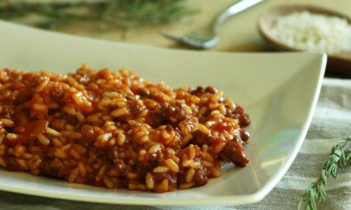 Risotto pomodoro e salsiccia – primo saporito