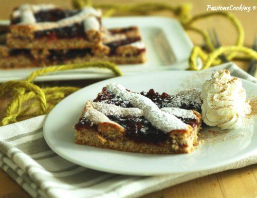 Linzer Torte o torta di Linz in teglia
