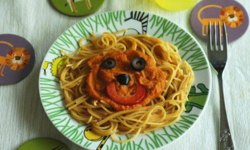 Spaghetti del leone con sugo di verdure