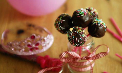 Cake pops con marmellata e cioccolato