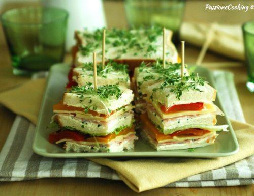 Sandwich di primavera condito – fresco e goloso