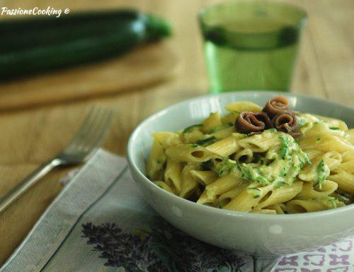 Pasta con zucchine e stracchino