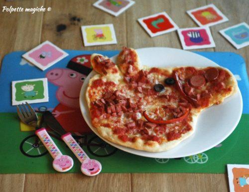 Pizza di Peppa Pig con würstel