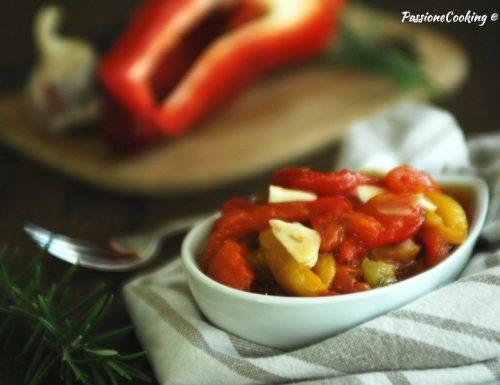 Peperoni arrostiti in insalata – contorno facile
