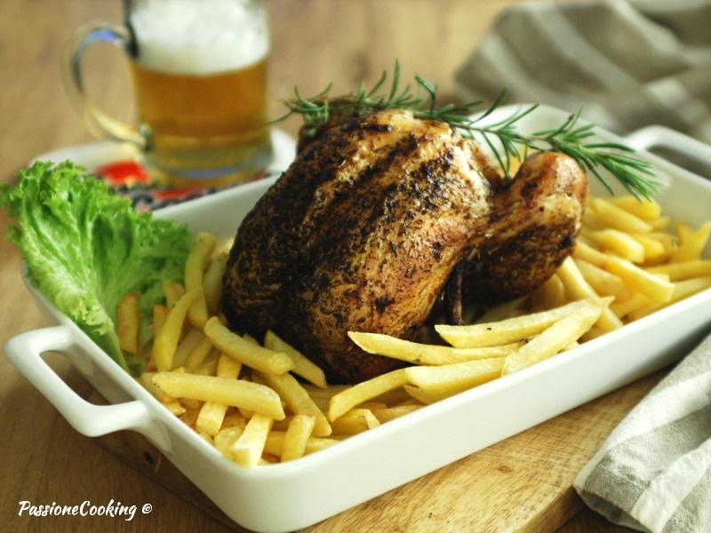 Pollo al forno cotto sulla birra - croccante