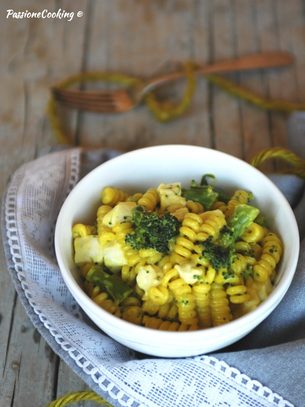 Pasta con broccoli e zafferano