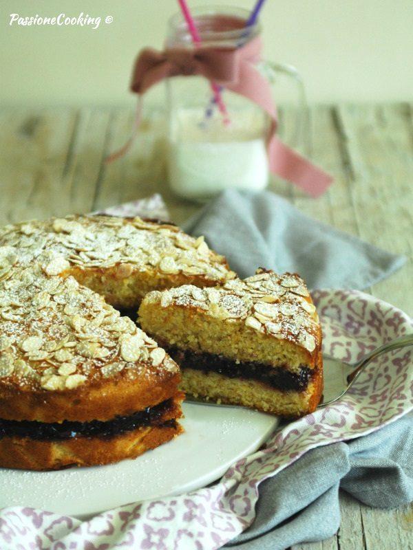 Torta con farina di mais, ricotta e miele