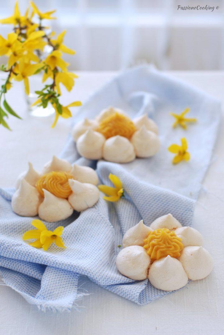 Fiori di meringa al limone - con lemon curd