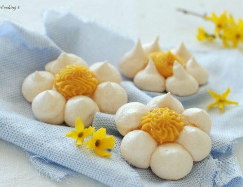Fiori di meringa al limone – con lemon curd
