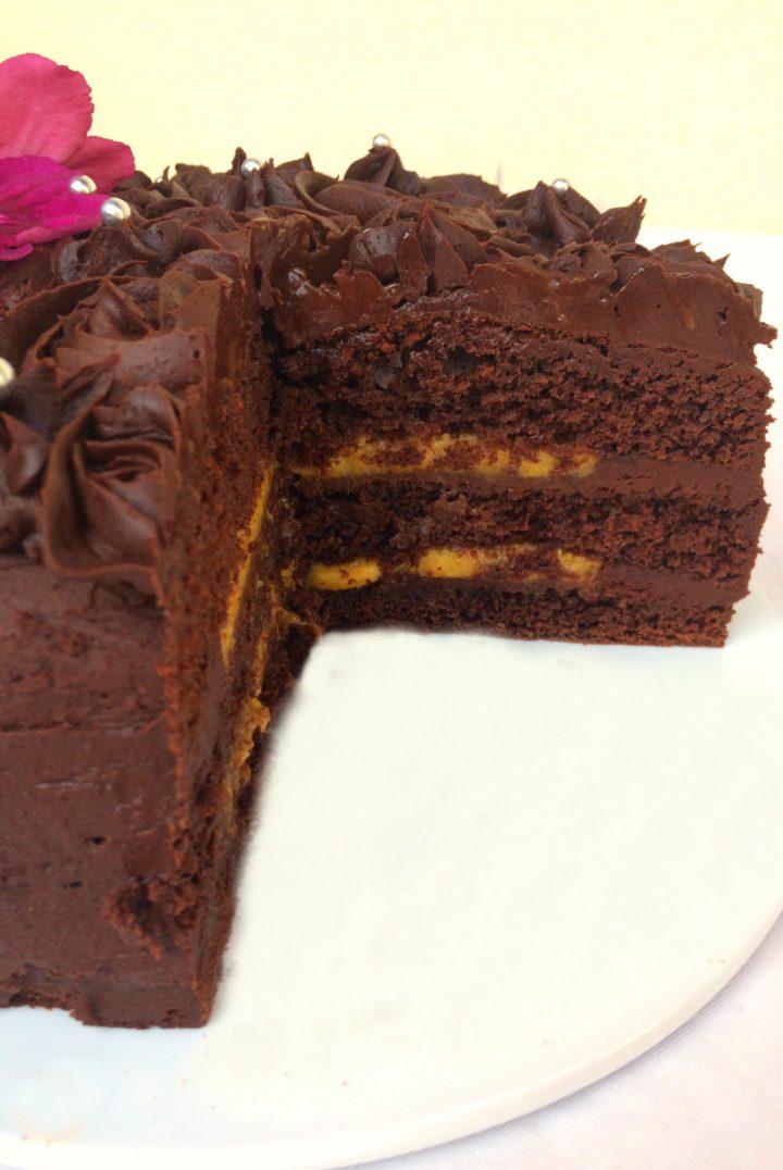 Torta con crema al burro e cioccolato e lemon curd