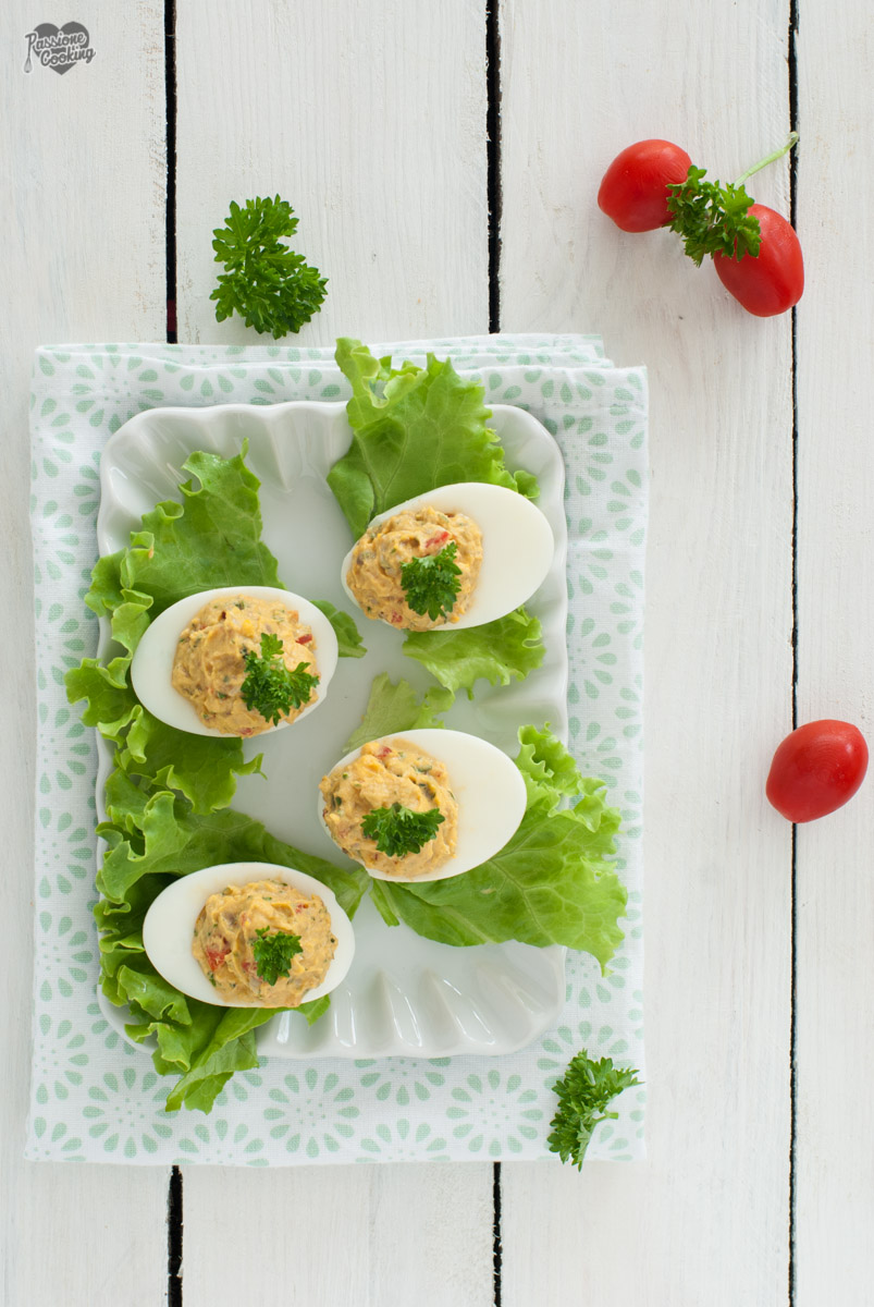 Uova sode farcite - saporite e gustose