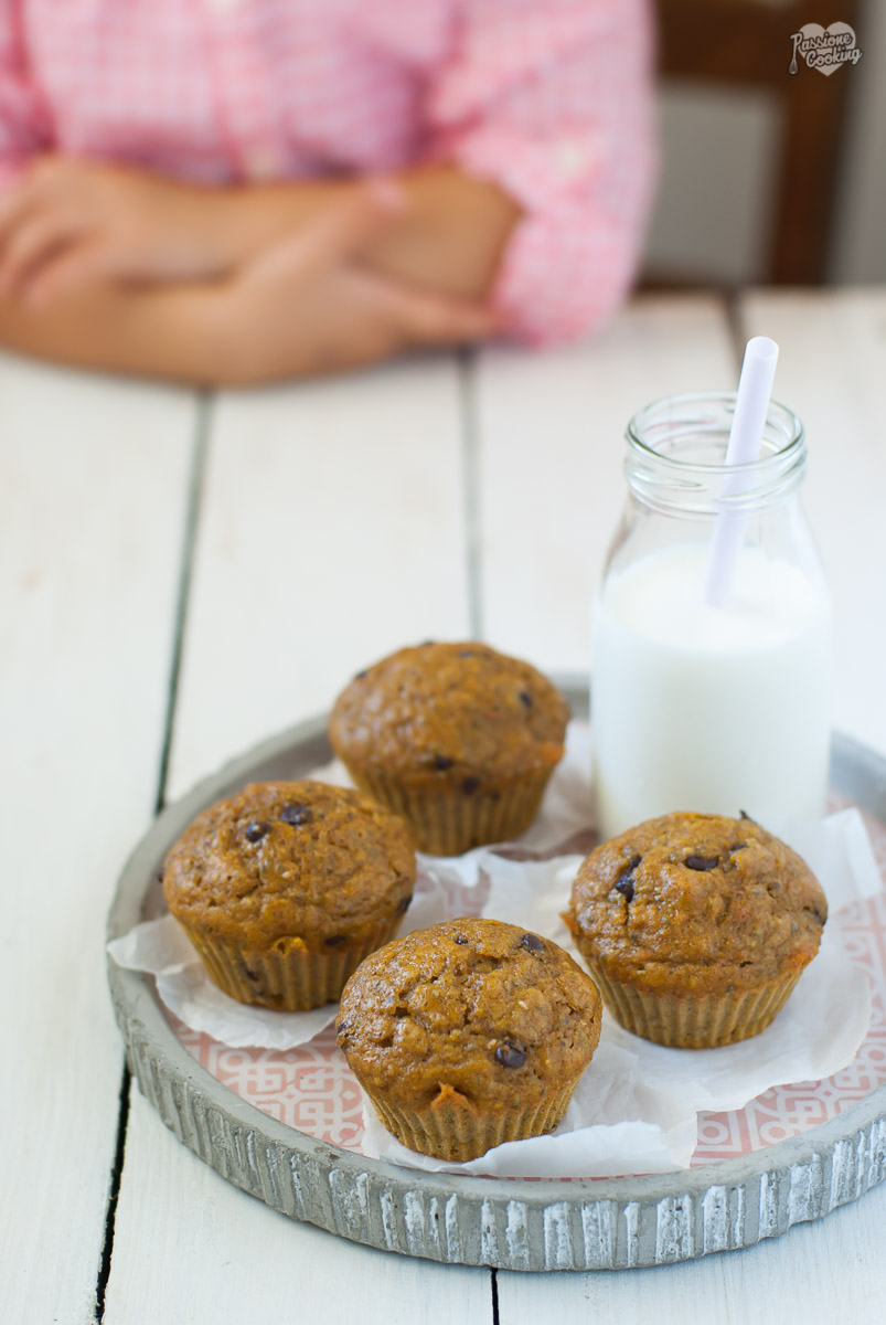 Muffin con farina integrale, zucca e gocce di cioccolato