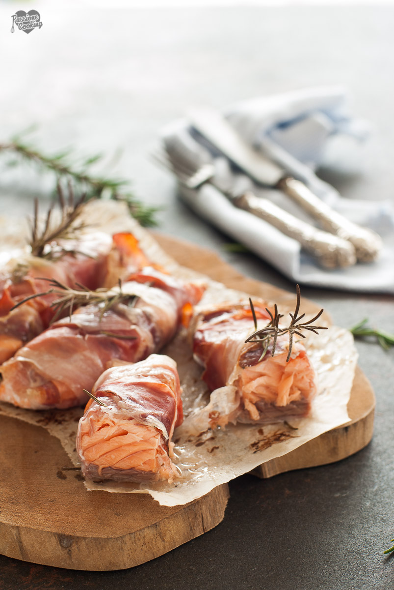 Filetti di Salmone in Crosta di Speck