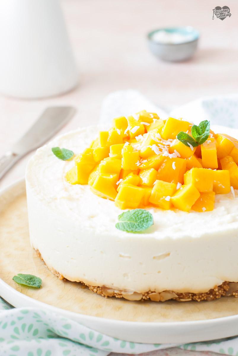 Cheesecake al cocco e mango - senza colla di pesce