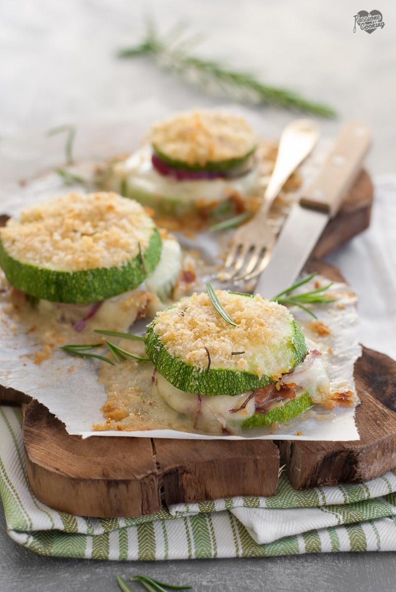 Zucchine gratinate al forno light - gustose e filanti