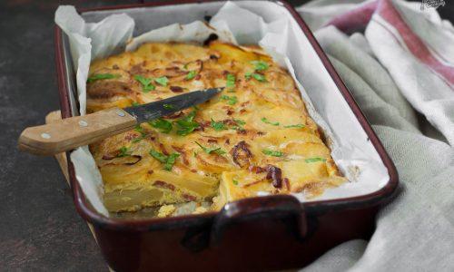 Tortilla di patate al forno, buona calda e fredda