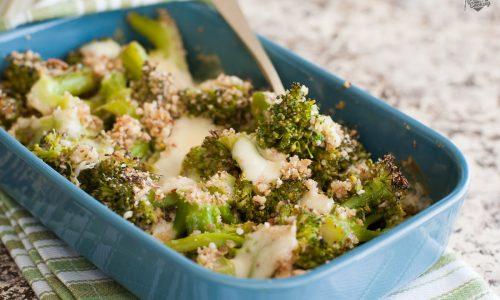 Broccoli gratinati al forno senza besciamella