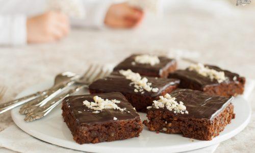 Brownies al cioccolato fondente speziati