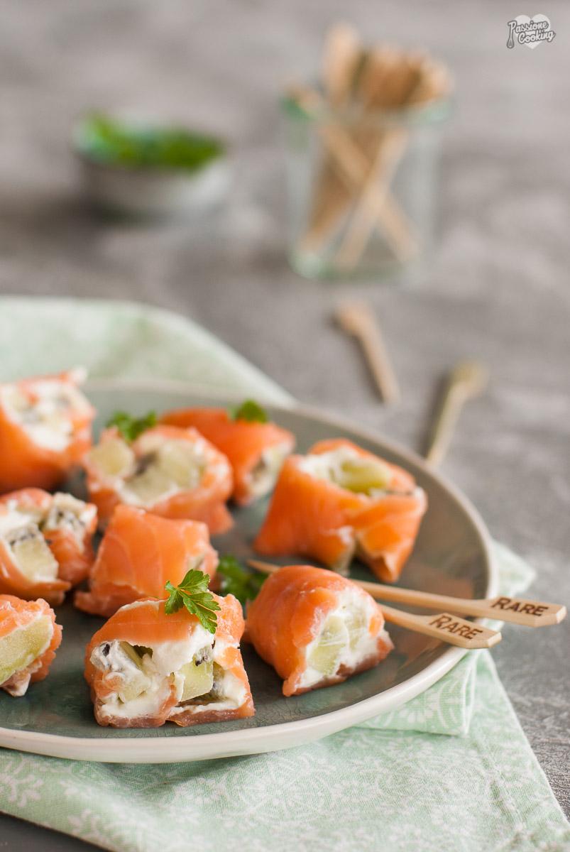 Involtini di salmone con kiwi - freschi e veloci