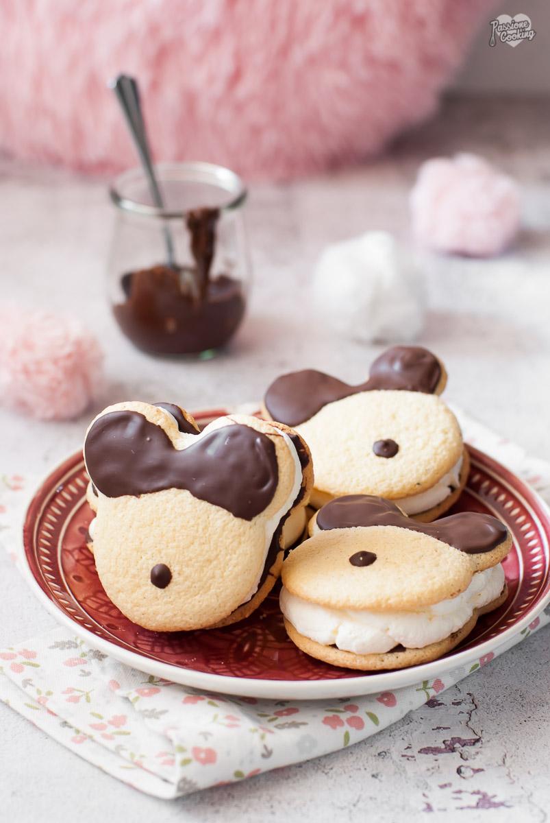 Merendine di Topolino con panna e cioccolato