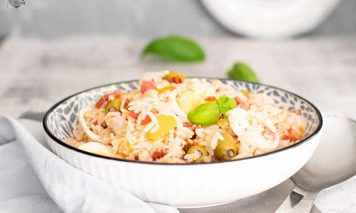 Insalata di riso con tonno e salame