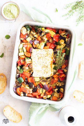 Feta al forno con verdure arrosto