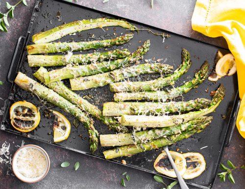 Asparagi verdi al forno con limone ed erbette